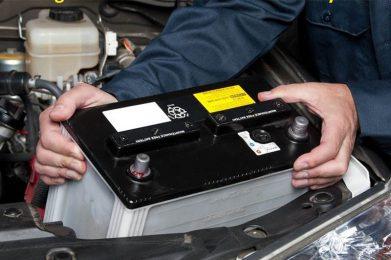 Los talleres en fase 1 arrancan a medio gas con baterías y neumáticos
